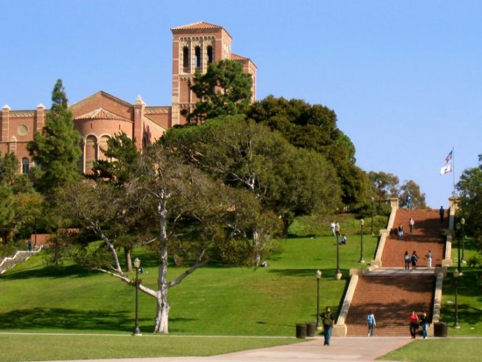 Đại học California, Los Angeles